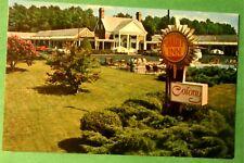Quality Inn - Colony - Williamsburg Virginia 1970s Hotel Postcard