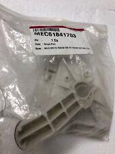 Mec61841703 Hanger, Pivot (New) (Cheap)