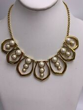 NWOT Carolee gold tone glass pearls  statement necklace S25z