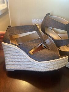 Michael Kors Berkley Espadrille Wedge Logo Brown Size 6 1/2 M New With Out Box
