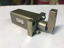 SMC MKA25-20L Rotary Clamp Cylinder 25MM Bore 20MM Stroke FAST SHIPPING