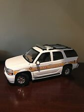 1:18 Illinois State Police Yukon Denali Police Car With Lights