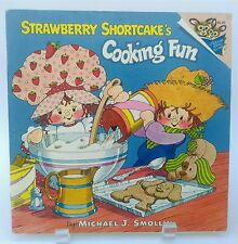 Vtg. 1980 Strawberry Shortcake COOKING FUN children's book EASY KID'S RECIPES!