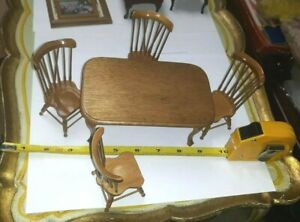 VINTAGE 1980'S WALNUT DOLLHOUSE DINING ROOM TABLE & 4 SPINDLE BACK CHAIRS LOT