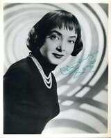 Carolyn Jones Psa Dna Coa Signed 8x10 Photo Autograph