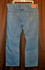 Mens Levis 505 Straight Fit Jeans Mid Wash Blue Size 42 x 30 EUC
