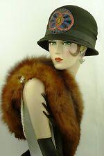 CAPPELLO vintage anni'20 francese, originale Cloche Cappello, nero in chiffon W Beadwork APPLIQUE