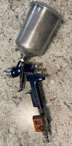 DeVilbiss Tekna Basecoat Paint Spray Gun HVLP HV20 Blue + Pressure Gage