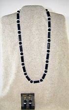 "VINTAGE TRIFARI  ~ 24"" NAVY BLUE / WHITE BEAD NECKLACE AND CLIP EARRINGS"