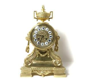 Mantel clock. Bronze. France, H & F Paris,late 19th century.