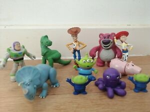 Toy Story Bundle Small Figures x 11 Trixie Rex  Ham Alien Stretch Cake Toppers
