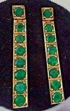 Pendientes de oro con 16 esmeraldas naturales sin tratar