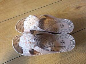 Women's stone/ peach slip on Sandals with diamanti detail Size 4 NEW