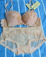 E15:New Victoria's Secret Underwire Bra & Panty Set-34B