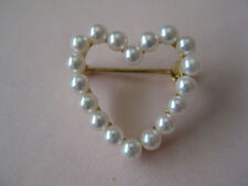 Vintage 1980s Natural Pearls Brooch Pin in 14 K Yellow Gold, Pearl 2.9 MM.