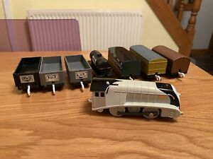 Tomy Trackmaster Thomas the Tank Engine, Spencer Trucks & Carriages Bundle