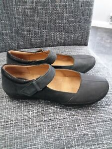 Clarks Artisan Black Nubuck  Leather Mary Jane Shoes UK 5 D fit Barely worn