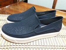 Crocs Iconic $60 Men's Comfort Loafers Shoes Size 11 m Rubber Blue   Excellent