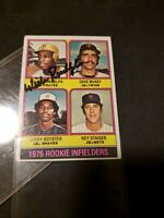 1976 Topps Willie Randolph Rookie Card Hand Signed Excellent Condition Plastic