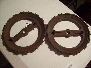 1 Vintage Cast Iron JD Planter Plates, Y2638B, John Deere