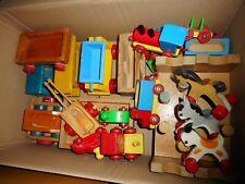 altes Holzspielzeug, Holzeisenbahn, Tiere, Bauklötze u.a. Heros, Dusyma