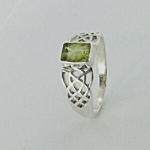 Size 8 Genuine Natural Square Celtic Green PERIDOT Ring 925 STERLING SILVER #50