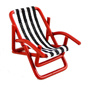 Dolls House Miniature 1:24 Scale Garden Furniture Deck Chair