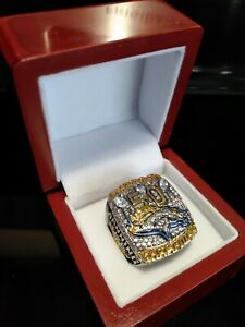 2015 Denver Broncos Ring & Wooden Display Box Super Bowl Championship MANNING