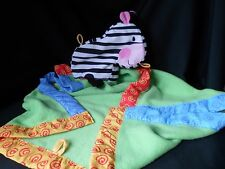 FISHER PRICE Baby DISCOVER N GROW Take Along Play Blanket ZEBRA Security Buddy