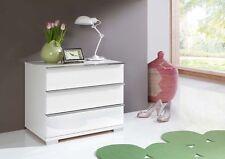 Kommoden in aktuellem Design aus MDF/Spanplatten fürs Schlafzimmer