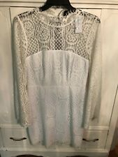 Sugar Lips ivory lace dress. Size medium. NWT