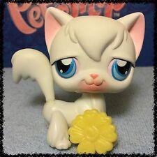Littlest Pet Shop #9 White Long Hair Angora Kitty Cat Blue Eyes Blemished