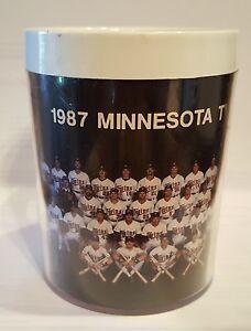 "1987 MINNESOTA TWINS Baseball Team Thermo Serv Insulated Mug Appx 4 x 3"""