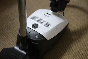 Miele Compact Delphi 300 S2121 PowerLine Canister Vacuum White