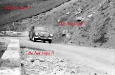 VIC Elford Ford Cortina GT COUPE DES ALPES RALLY 1964 fotografia 1