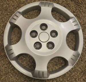 "(1) OEM 2002-2007 Saturn VUE 16"" Bolt-On Hubcap Wheel Cover #012 GM p/n 22661203"