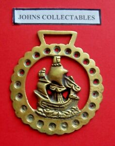 VINTAGE COLLECTABLE SHIP IN FULL SAIL HORSE BRASS LOT XX