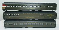 Lot of 11 HO & N Scale Railroad Cars For Parts or Repair (XY2025)