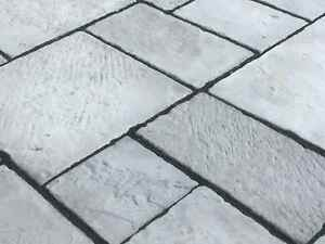 Paving,Olde Yorke Slate Grey 10 sq/m Random sizes incl Delivery(some exceptions