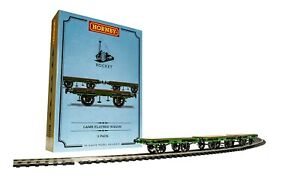 Hornby R60014 Flat Bed Wagon Pack containing 3 x Flat Bed wagons