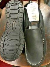 MENS SHOES  SZ 10.5   MEMORY FOAM  Shoes    NEW