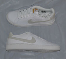 Nike Women's Court Royale Tennis Shoes size 7 style 749867-110