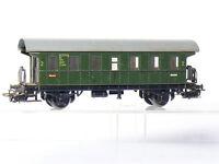 Märklin 4002 H0  2-achsiger Personenwagen 2.Kl. mit Plattformen der DB