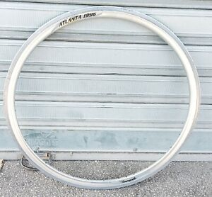 CERCHIO RIM CAMPAGNOLO ATLANTA 96 CLINCHERS 32 HOLES 28""