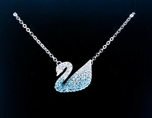 New Authentic Swarovski Sparkle Crystal Iconic Swan Pendant Necklace 5512095