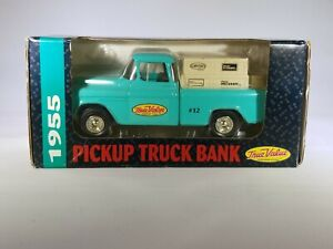 ERTL ADVERTISING TRUE VALUE DIE CAST 1955 CHEVY PICK UP TRUCK BANK WITH KEY