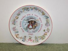 WEDGWOOD PETER RABBIT WISHES YOU A VERY MERRY CHRISTMAS 1983 PLATE ENGLAND