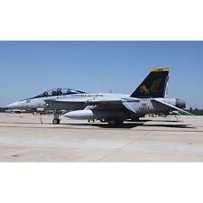 HASEGAWA 1:72 AEREO F/A-18F SUPER HORNET VFA-32 SWORDSMEN LIMITED EDITION 02010
