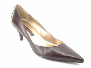 New BANDOLINO Women Leather Brn Classic Kitten Heel Pointy Toe Pump Shoe Sz 7 M