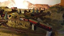 N SCALE CUSTOM MADE LAYOUT PLATFOARM WITH LAKE  two train operation